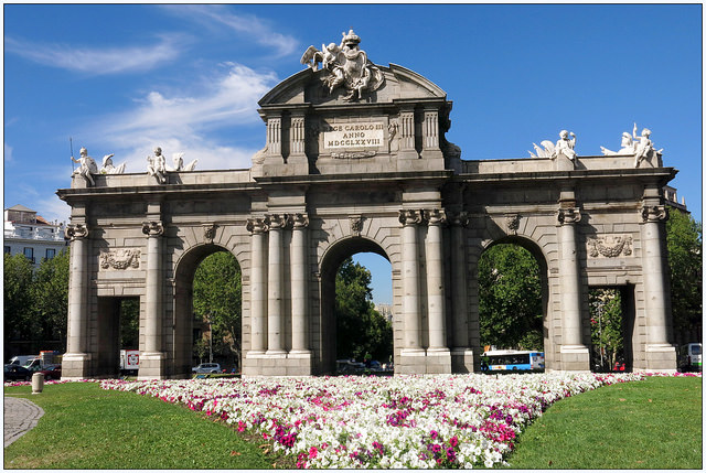 compare hotel prices in downtown Madrid